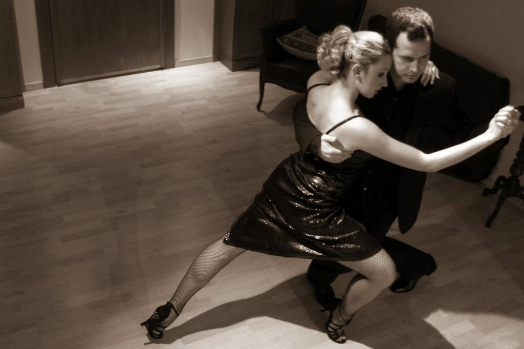 selen ozgur tango joimove