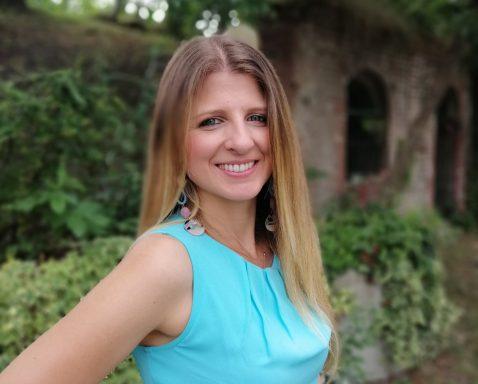 Annalisa Fedele / Midwife, Infant Massage, Hypnobirthing, Joimove Instructor Bournemouth